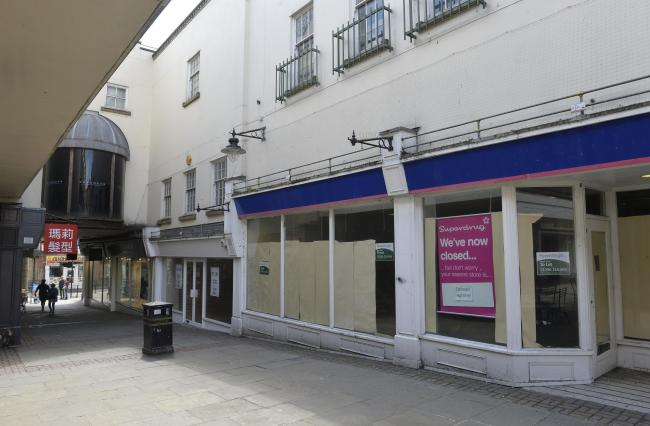 Empty shops in Priory Walk
