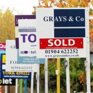 House prices down by 0.3% during November, according to Nationwide