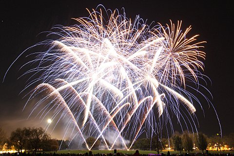 Maldon: Man hit in face with firework