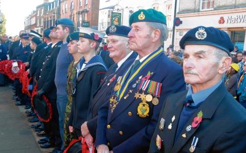 Maldon: Residents out in droves to attend town's Remembrance Day parade