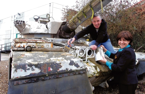 Maldon: Fancy painting a tank or missile?