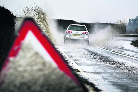 Maldon and Burnham Standard: Motorists are warned not to drive through floods