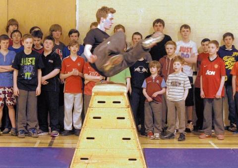 Burnham: Youngsters get to grips with freerunning