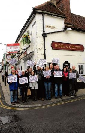 Supporters of the Rose and Crown