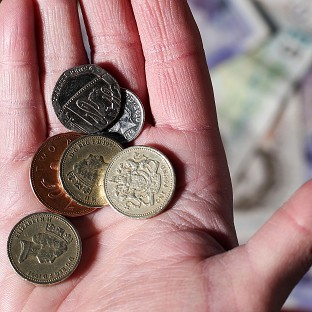 Osborne backs minimum wage rise