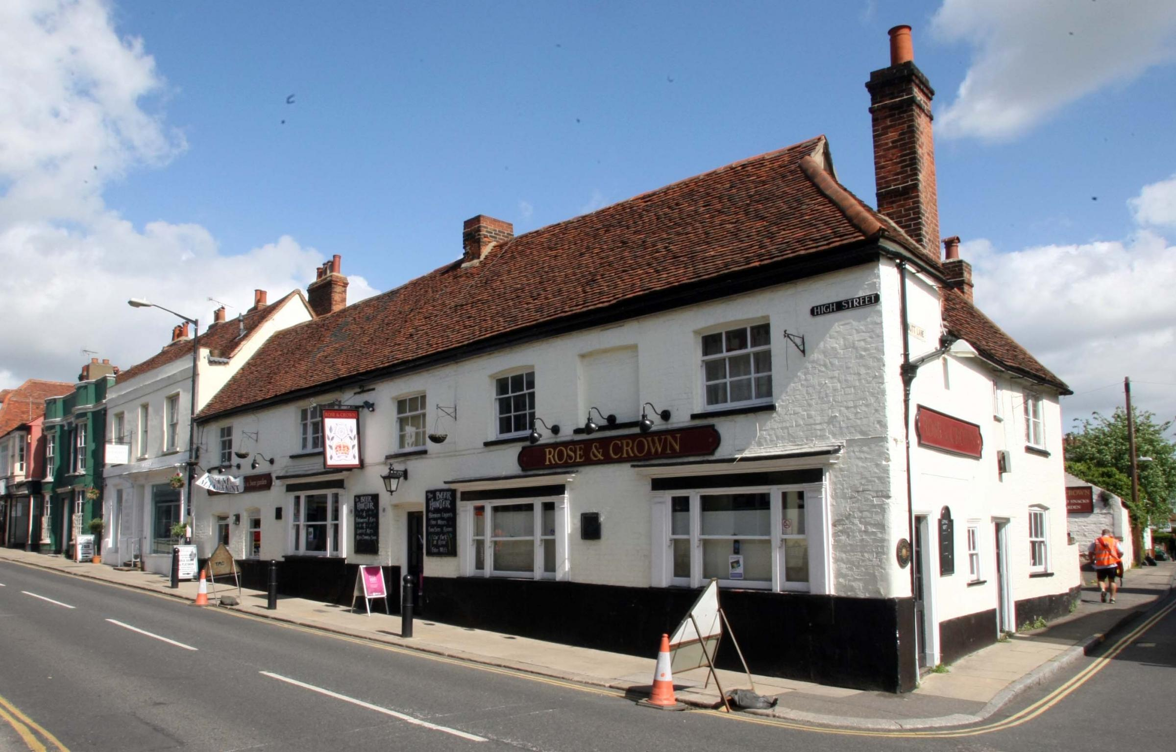 Rose and Crown pub in Maldon